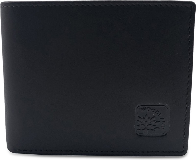 de89def5e3 Woodland Men Casual Black Genuine Leather Wallet(3 Card Slots)