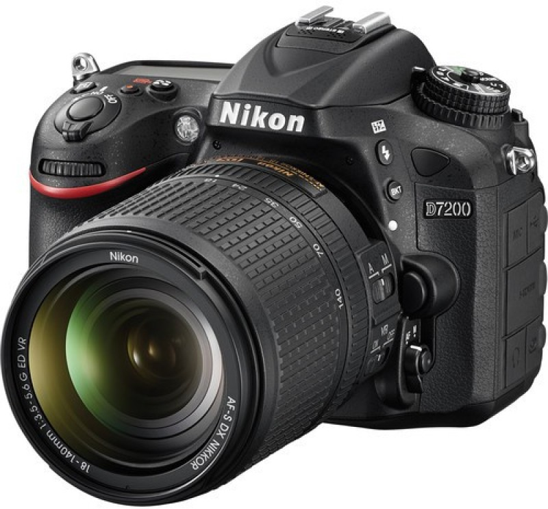 Nikon D7200 DSLR Camera AF-S 18 - 200 mm VRII Kit Lens(Black)