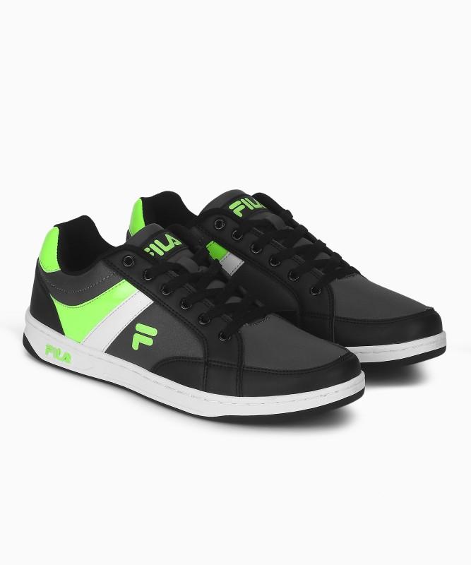 Fila EDGAR Walking Shoes For Men(Multicolor)