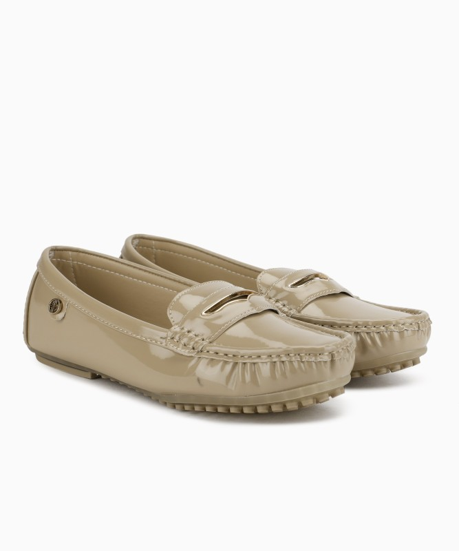 Carlton London Lofers For Women(Beige)