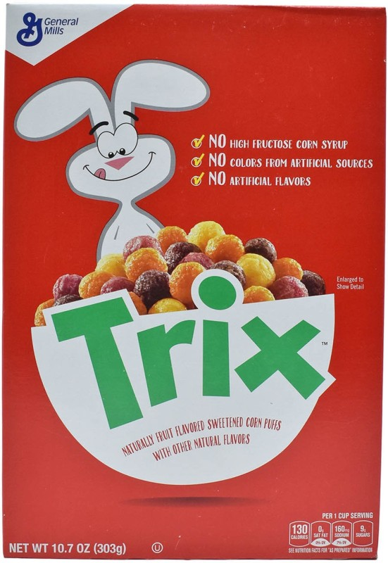 General Mills Trix Naturally Fruit Flavoured Sweetened Corn Puffs - 303g (10.7oz)(303 g, Box)