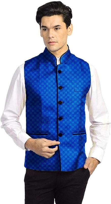 Vastraa Fusion Sleeveless Checkered Men Jacket