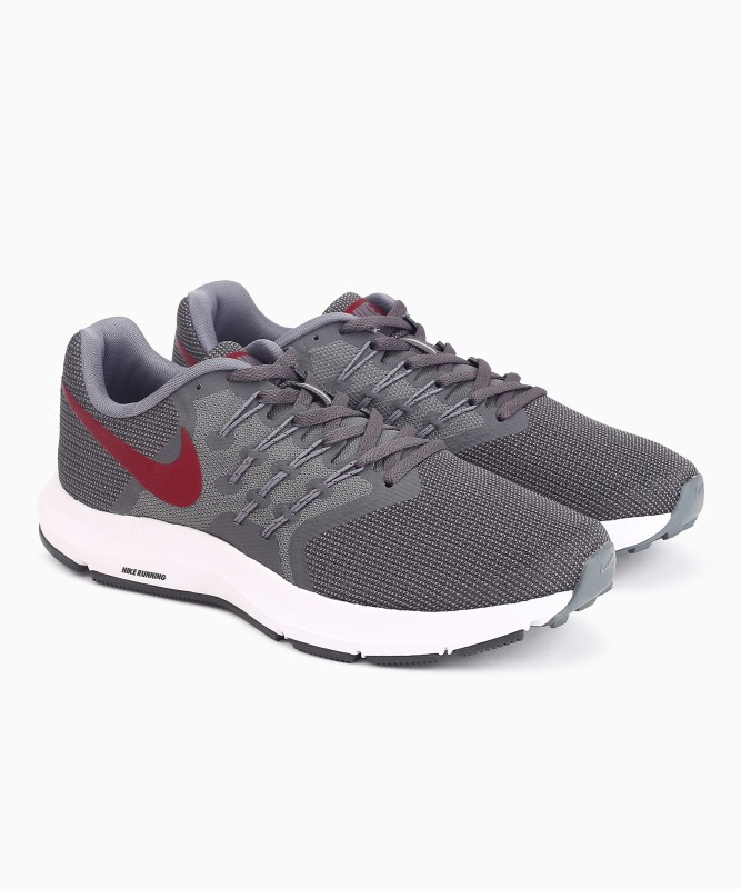 Nike RUN SWIFT Running Shoes For Men(Grey)