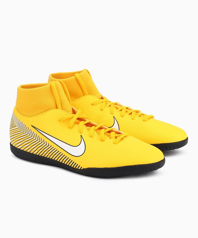 Nike SUPERFLY 6 CL Football Shoes For Men(Yellow)