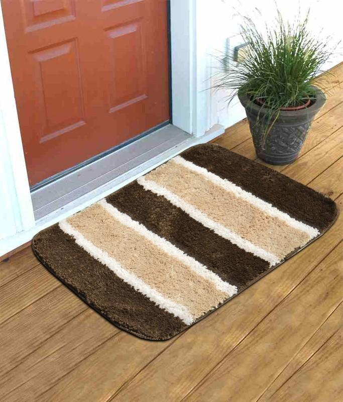 RS Quality Nylon Door Mat(Brown, Medium)