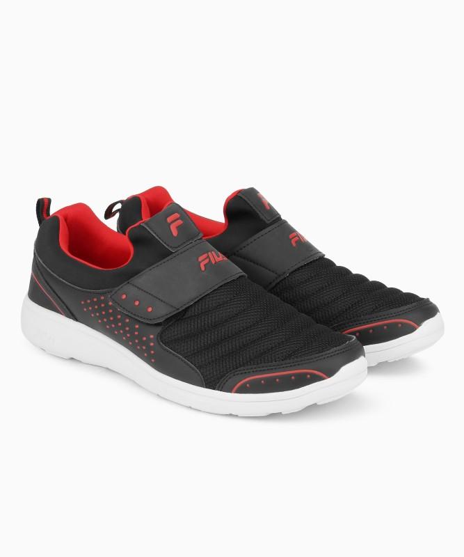 Fila SMASH LITE V Walking Shoes For Men(Black)