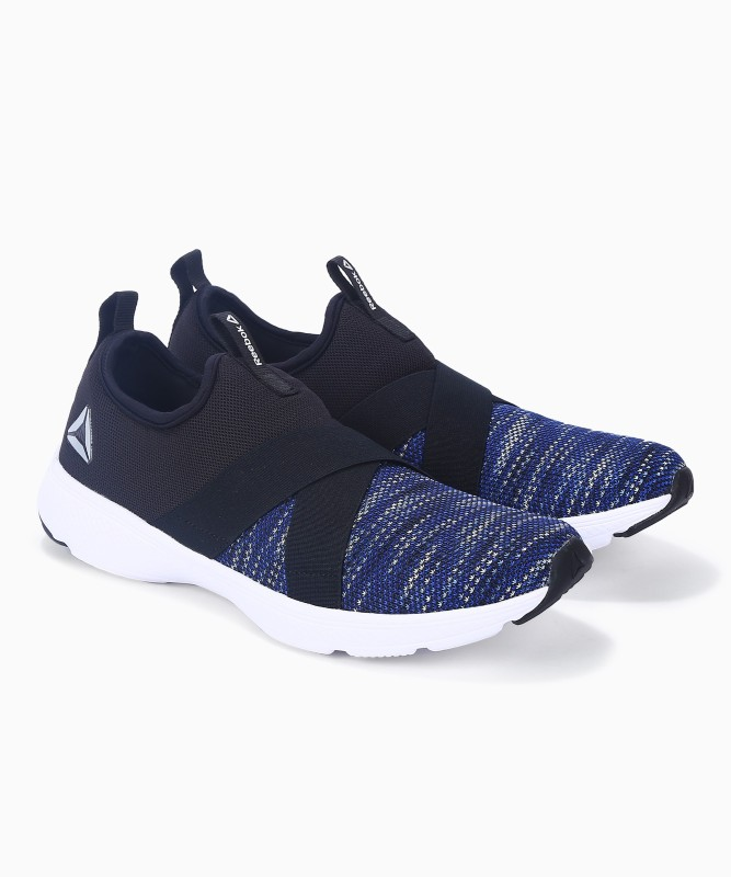 REEBOK TREAD LEAP SLIP Walking Shoes For Men(Navy)