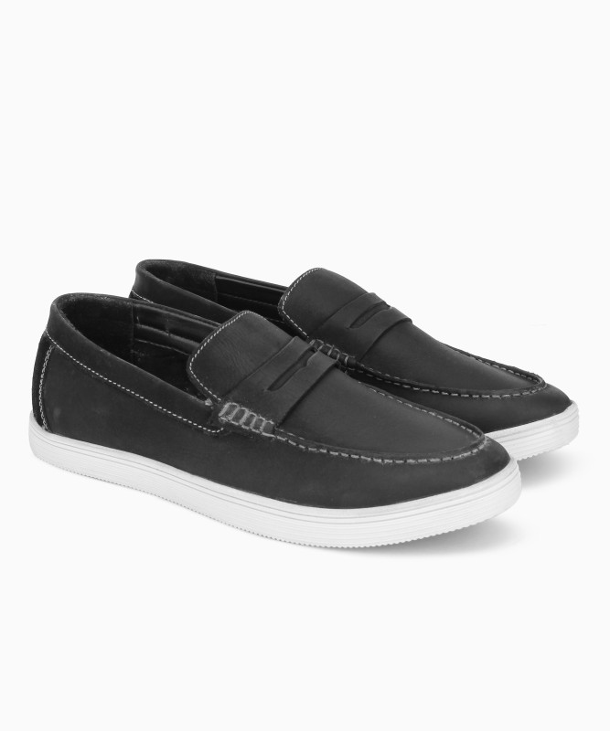 Bata ELLISON Loafers For Men(Black)