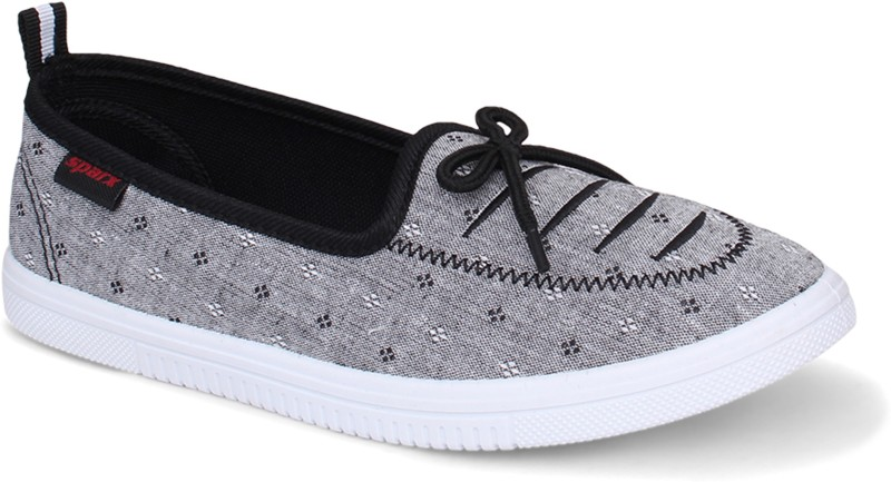 fb8bc0b589c5 Sparx Women SL-115 Black White Slip On Sneakers For Women(Black, White