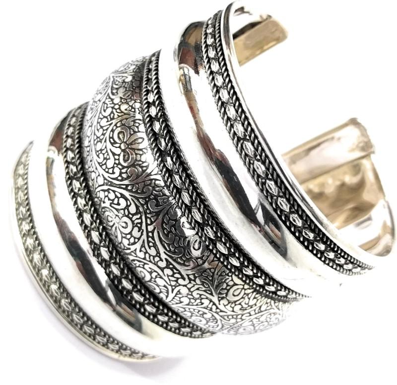 Athizay Metal Black Silver Cuff
