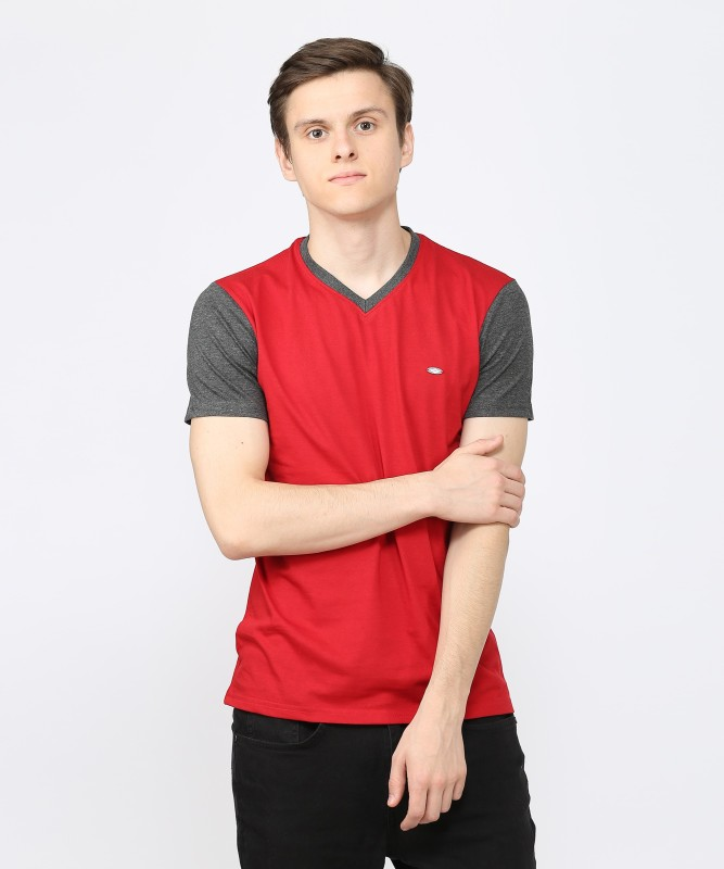 Metronaut Solid Men V-neck Red T-Shirt