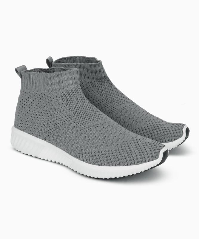 United Colors of Benetton Walking Shoe For Men(Grey)
