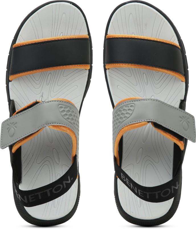 United Colors of Benetton MULTI COLOURED STRAP Men Black, Grey Sports Sandals