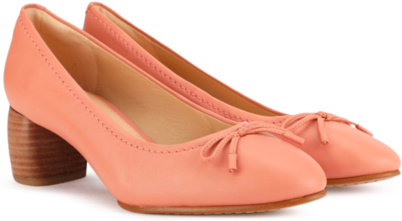 Clarks Grace Maya Pink Leather Casuals For Women(Pink)