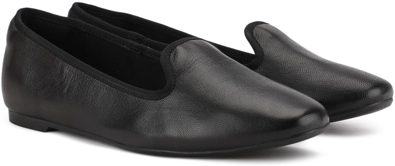 Clarks Chia Milly Black Leather Casuals For Women(Black)