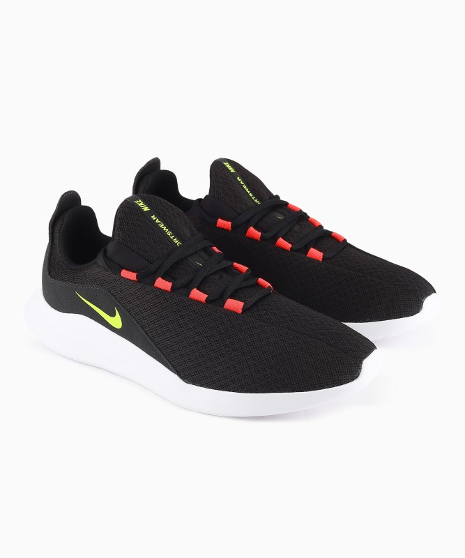 Nike NIKE VIALE Training & Gym Shoes For Men(Black)