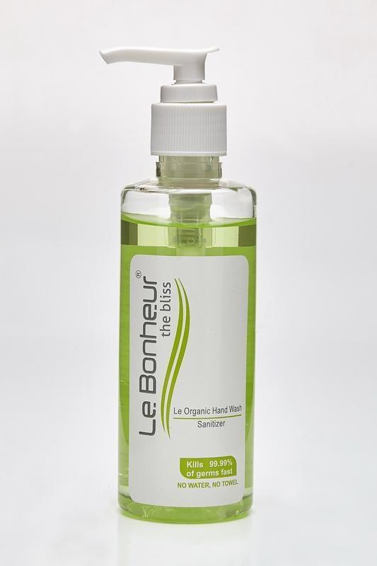 Le Bonheur Hand Sanitizer 200ml Bottle(200 ml)