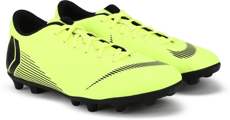 Nike VAPOR 12 CLUB FG/MG Football Shoes For Men(Green, Black) 1