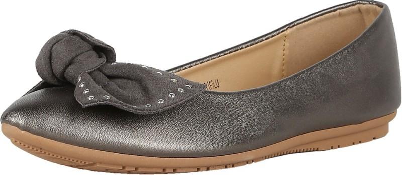 Van Heusen Van Heusen Black Casual Shoes Bellies For Women(Silver)