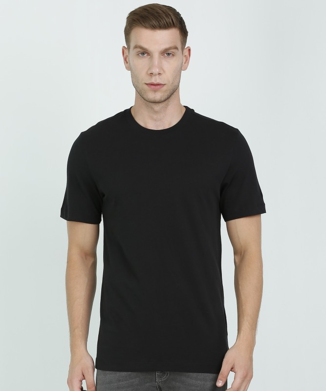Nike Solid Men Round Neck Black T-Shirt