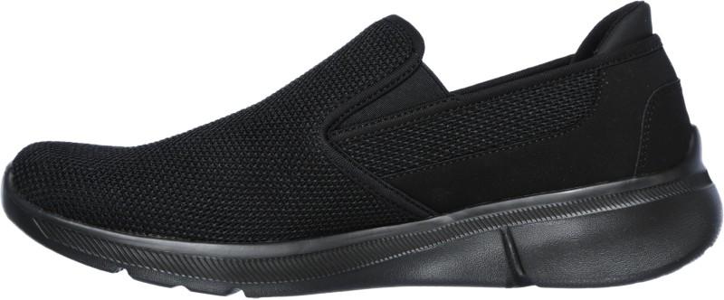 Skechers EQUALIZER 3.0 Walking Shoes For Men(Black)