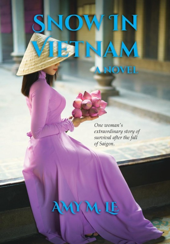 Snow in Vietnam(English, Hardcover, Le Amy M)