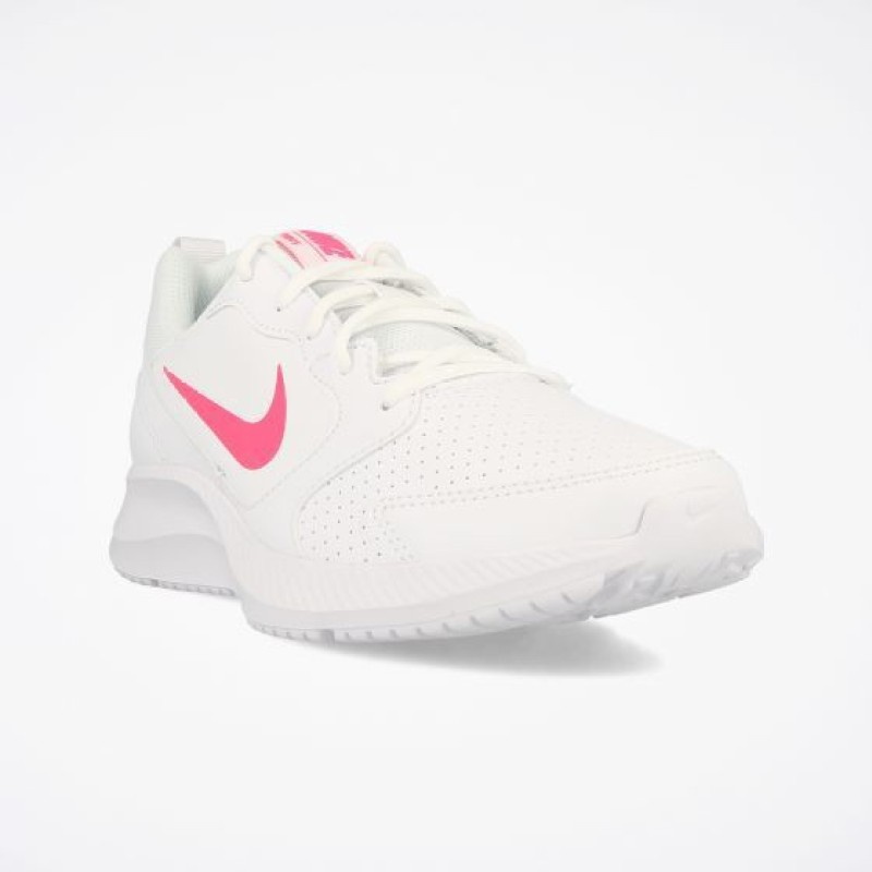 Nike WMNS TODOS Running Shoes For Women(White, Pink)