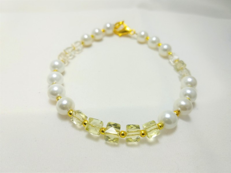 AB online Stone, Shell Quartz Bracelet