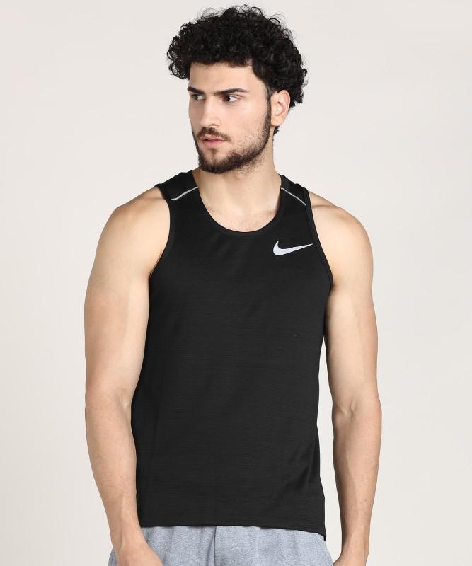 Nike Self Design Men Round Neck Black T-Shirt