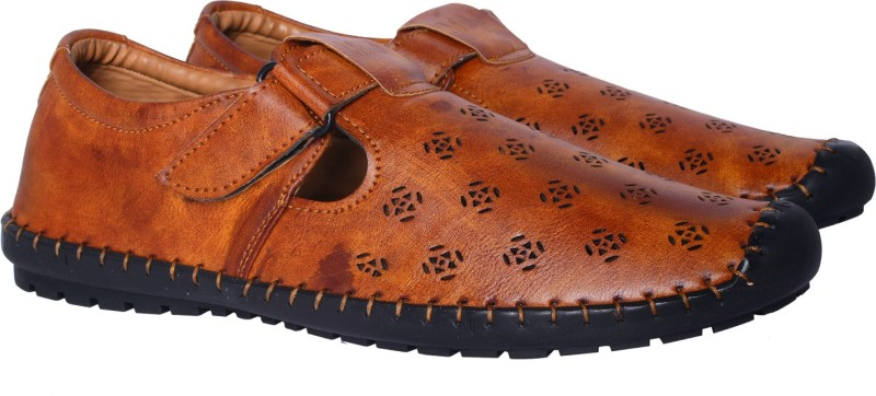 Trendy party wear stylish shoes Men Brown Flats
