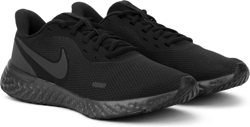 Nike REVOLUTION 5 Running Shoes For Men(Black)