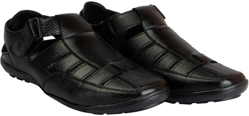 Bata Men Black Casual