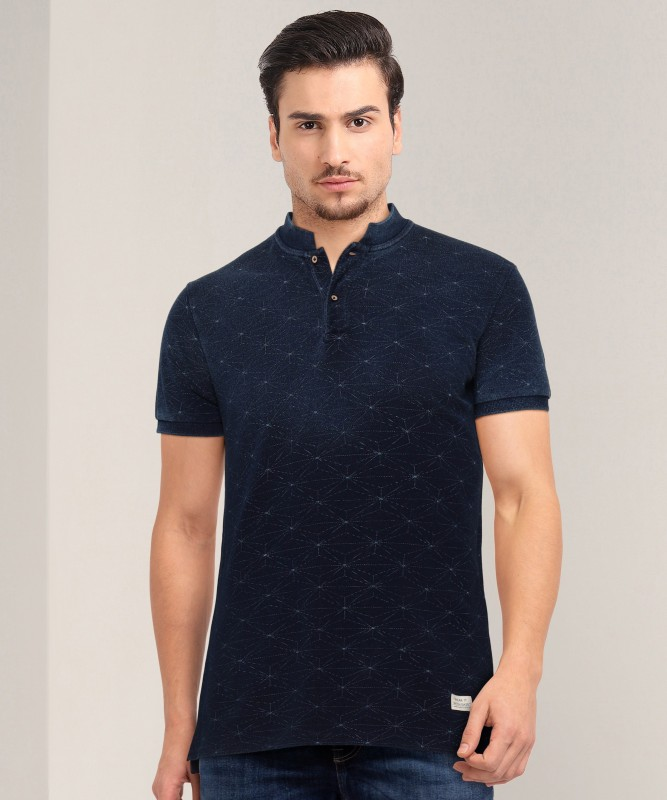 United Colors of Benetton Geometric Print Men Mandarin Collar Dark Blue T-Shirt