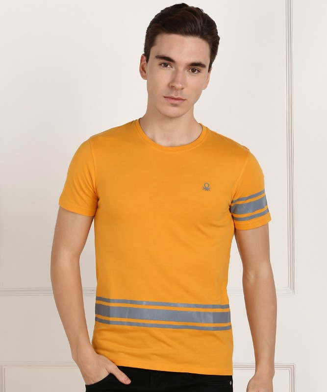 United Colors of Benetton Striped Men Round Neck Yellow T-Shirt