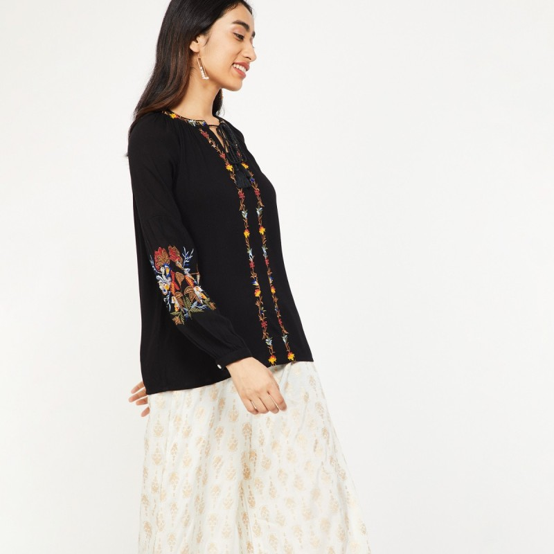 Colour Me by Lifestyle Casual Cuffed Sleeve Embroidered Women Black Top