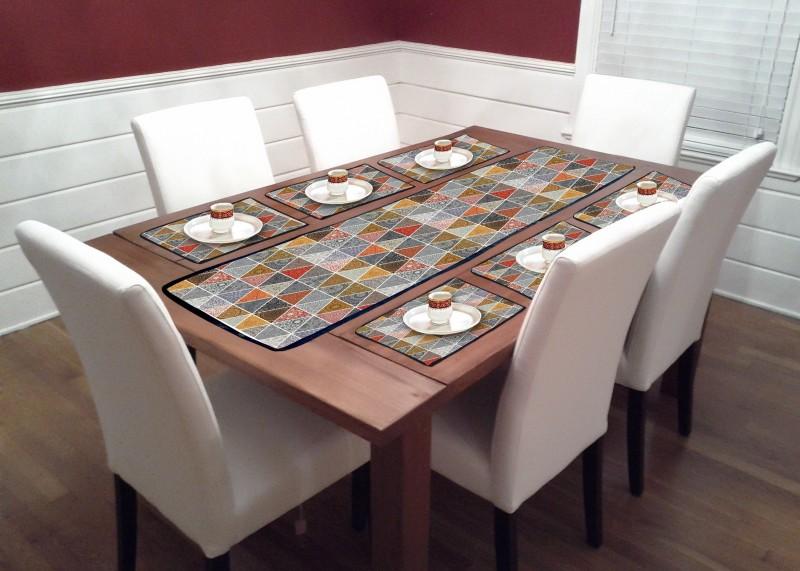 Ashvath Multicolor PVC Table Linen Set