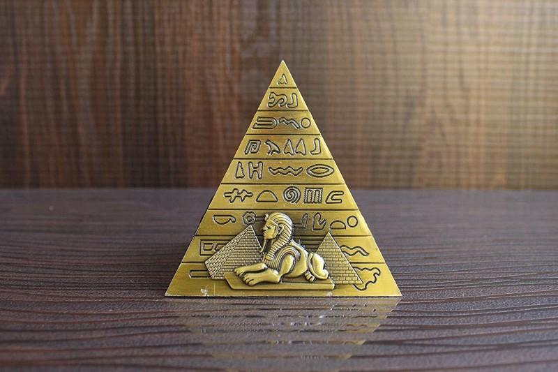 Zahab Gold Egyptian Pyramids Collectible Statue Metal Showpiece Seven Wonders Decorative Showpiece - 10 cm(Iron, Gold)
