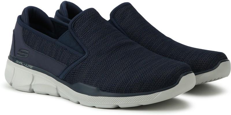 Skechers Equalizer 3.0 Walking Shoes For Men(Blue)