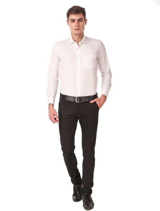 Cobija Men Solid Casual White Shirt