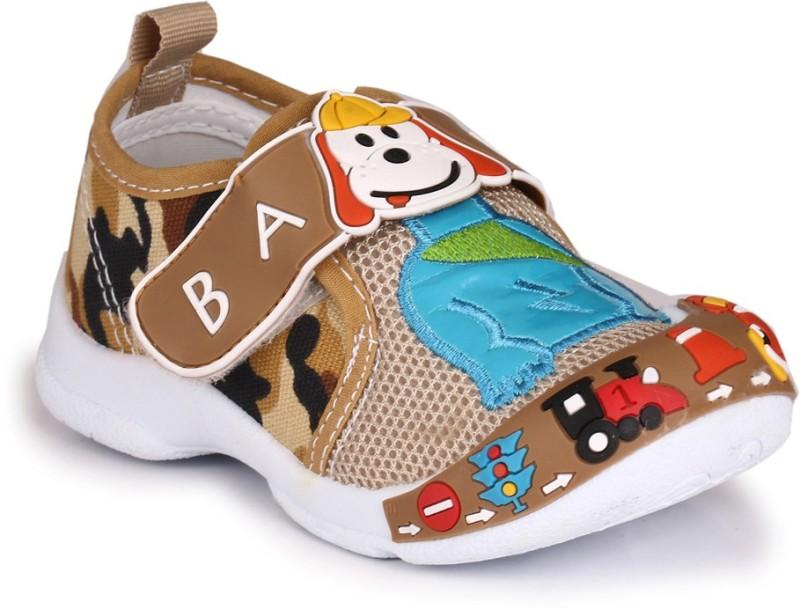 Trilokani Boys Slip on Sneakers(Multicolor)