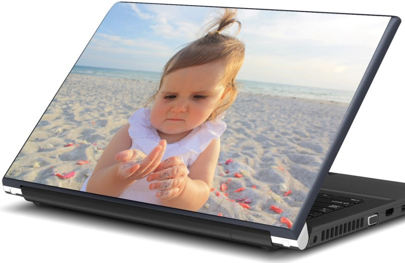 Artifa Baby girl playing with sand Vinyl Laptop Decal 15.6
