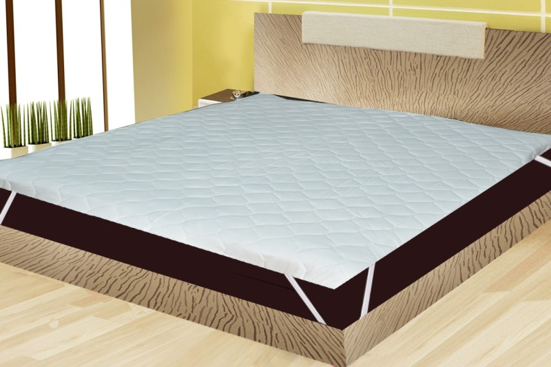 India Furnish Elastic Strap King Size Waterproof Mattress Protector(White)
