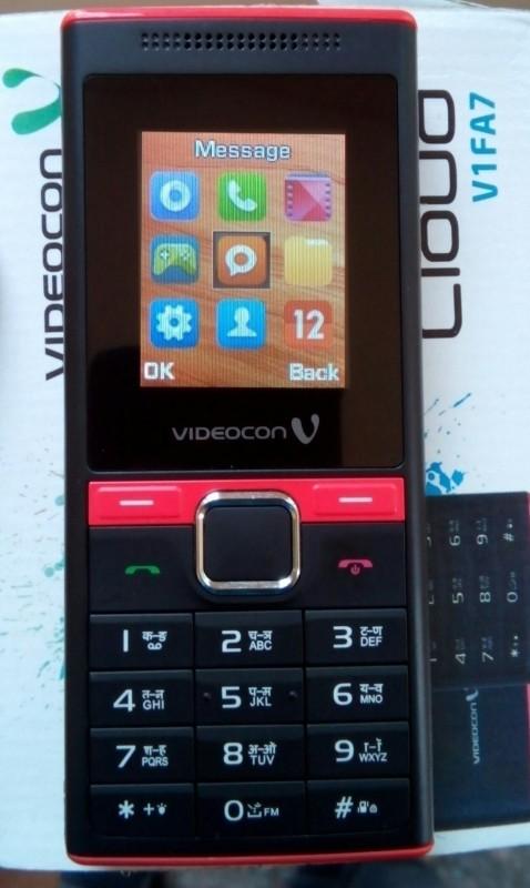 Videocon V1396(Black Blue)