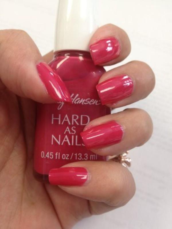 Sally Hansen Hard As Nails, Nail Polish, Dahlia,(15 ml)
