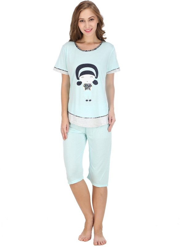 Icable Women's Applique Light Blue Top & Capri Set