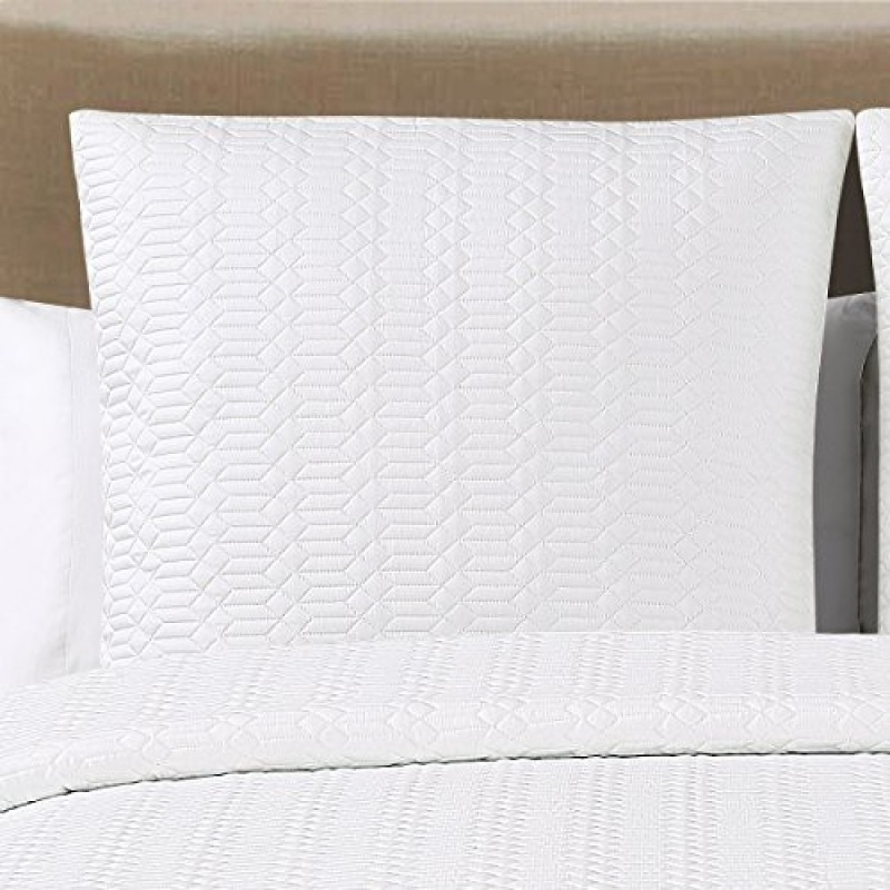 Echelon Home Filled Size Pillow Protector