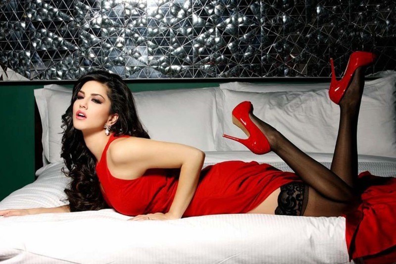 Athah Comic Poster Sunny Leone Bollywood Actress S-P by Paper Print Rolled...