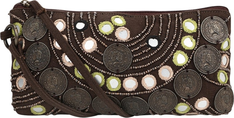 Nandeetas Charoke Cosmetic Pouch(Brown)
