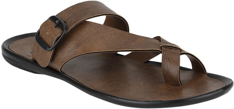 Flipkart - Sandals & Slippers Aero, Kraasa & more