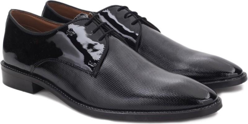 Arrow Lace up Shoes(Black)